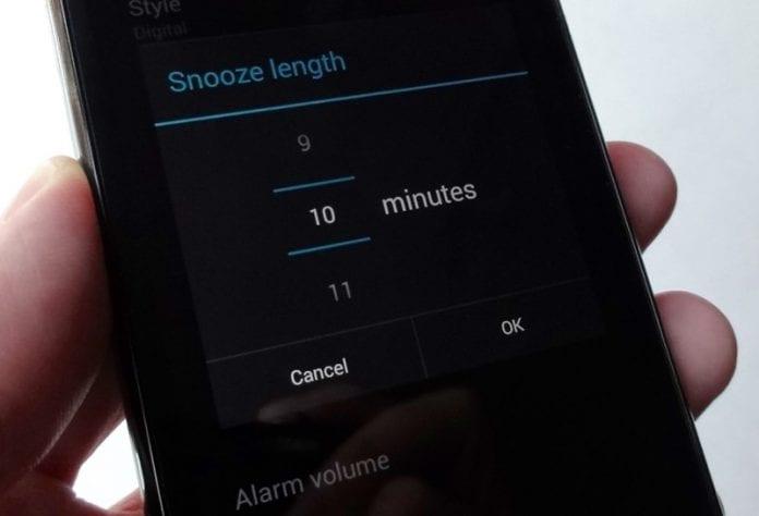 Cómo cambiar la hora predeterminada de la alarma en cualquier Android